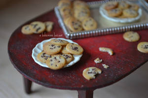 Chocolate Chip Cookies 1:12 Scale by TheMiniatureBazaar