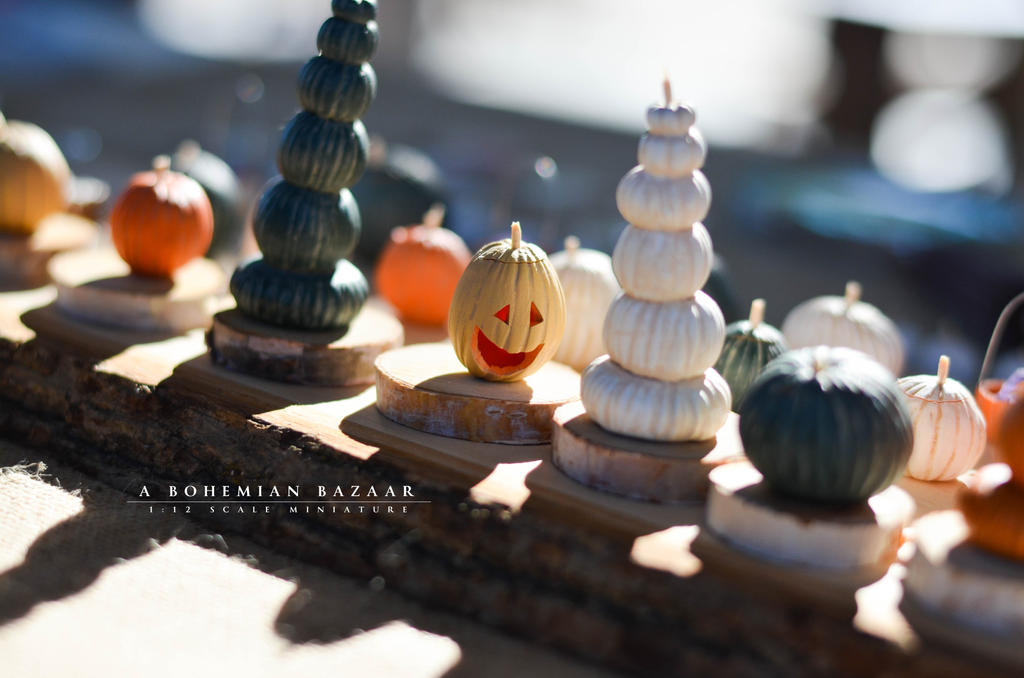 pumpkin and jack o'lantern minis _ 1:12 scale by abohemianbazaar