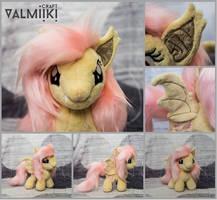 Chibi plush Flutterbat by Valmiiki
