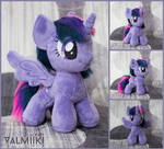 Plushie chibi Twilight Sparkle with magnetic wings
