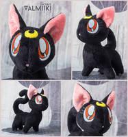 Plushie cat Luna by Valmiiki