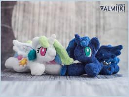 Tiny Princesses by Valmiiki