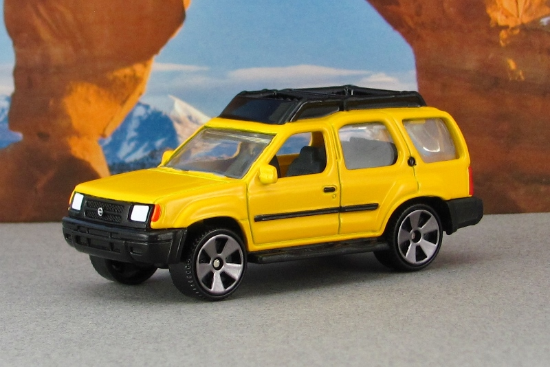 2000 nissan xterra xe yellow f mb by. Black Bedroom Furniture Sets. Home Design Ideas