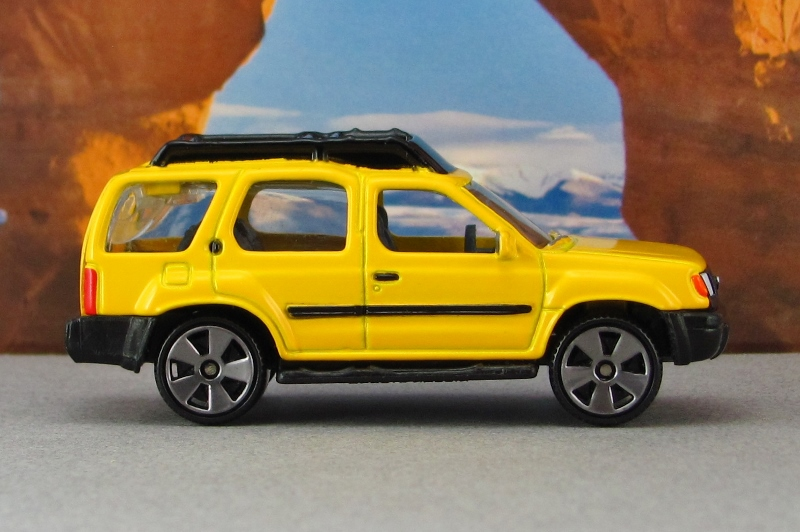 2000 nissan xterra xe yellow sr mb by. Black Bedroom Furniture Sets. Home Design Ideas