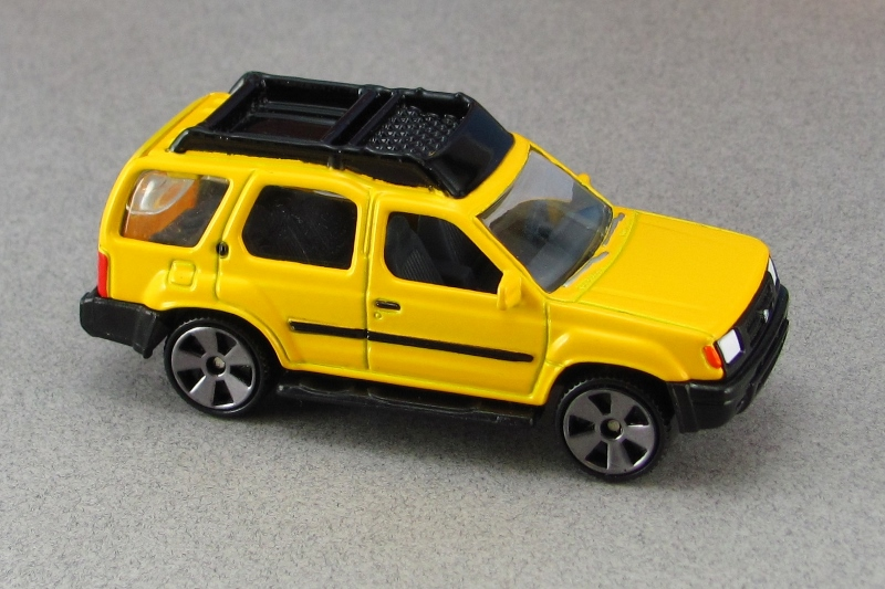 2000 nissan xterra xe yellow tf mb by. Black Bedroom Furniture Sets. Home Design Ideas