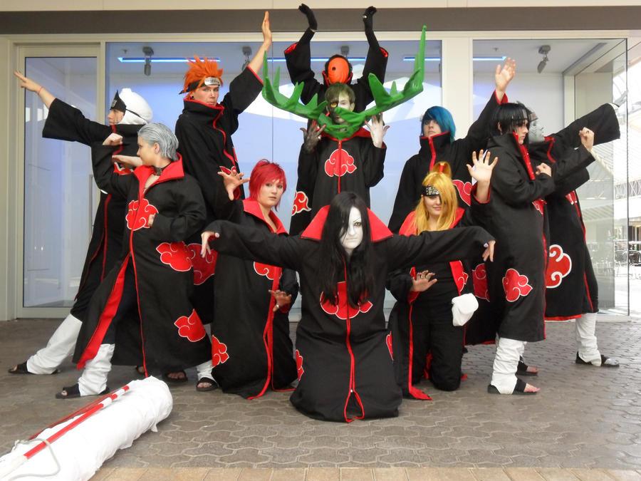 Quelle est la plus belle tenue dans tous les naruto ??? - Page 9 Full_akatsuki__by_hopelessdevotion_cp-d3b429p
