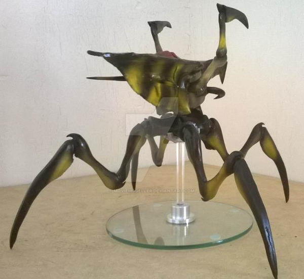Arachnid bug Starship Troopers 2 by Moviemodeller on ...