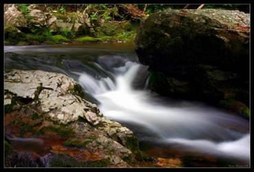 Silky Falls by GeodeLady