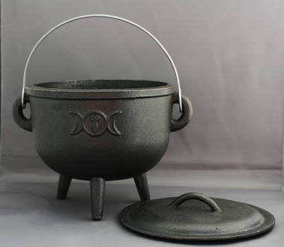 Cauldron lid off - Magic Stock by Sassy-Stock