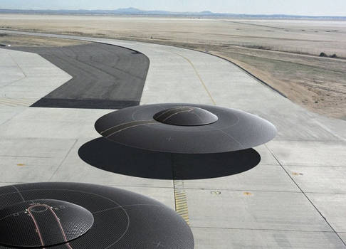 Mass production saucers at taxiing at Whitesands