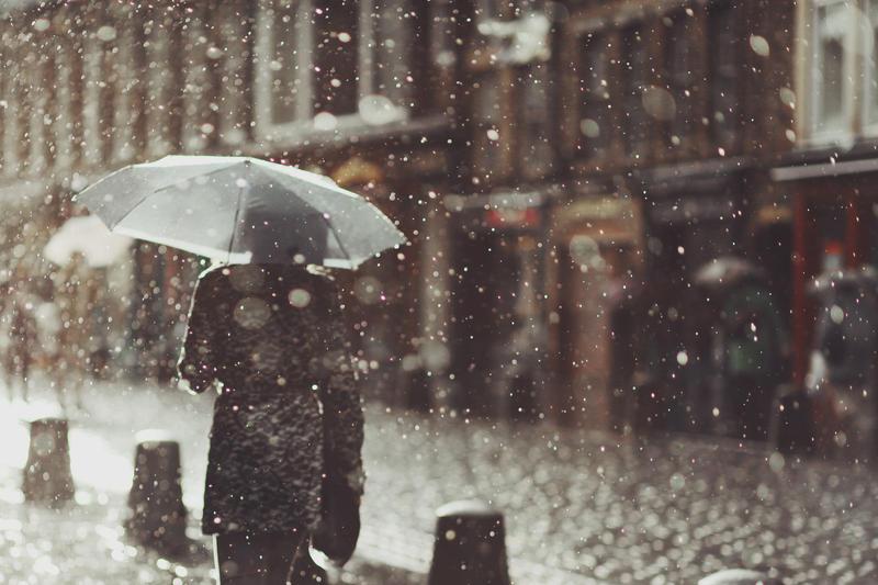 rain waltz by Lilibloody