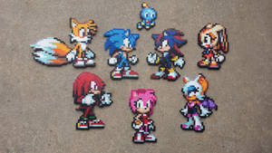 Sonic and Co. - Sonic Perler Bead Sprites by MaddogsCreations