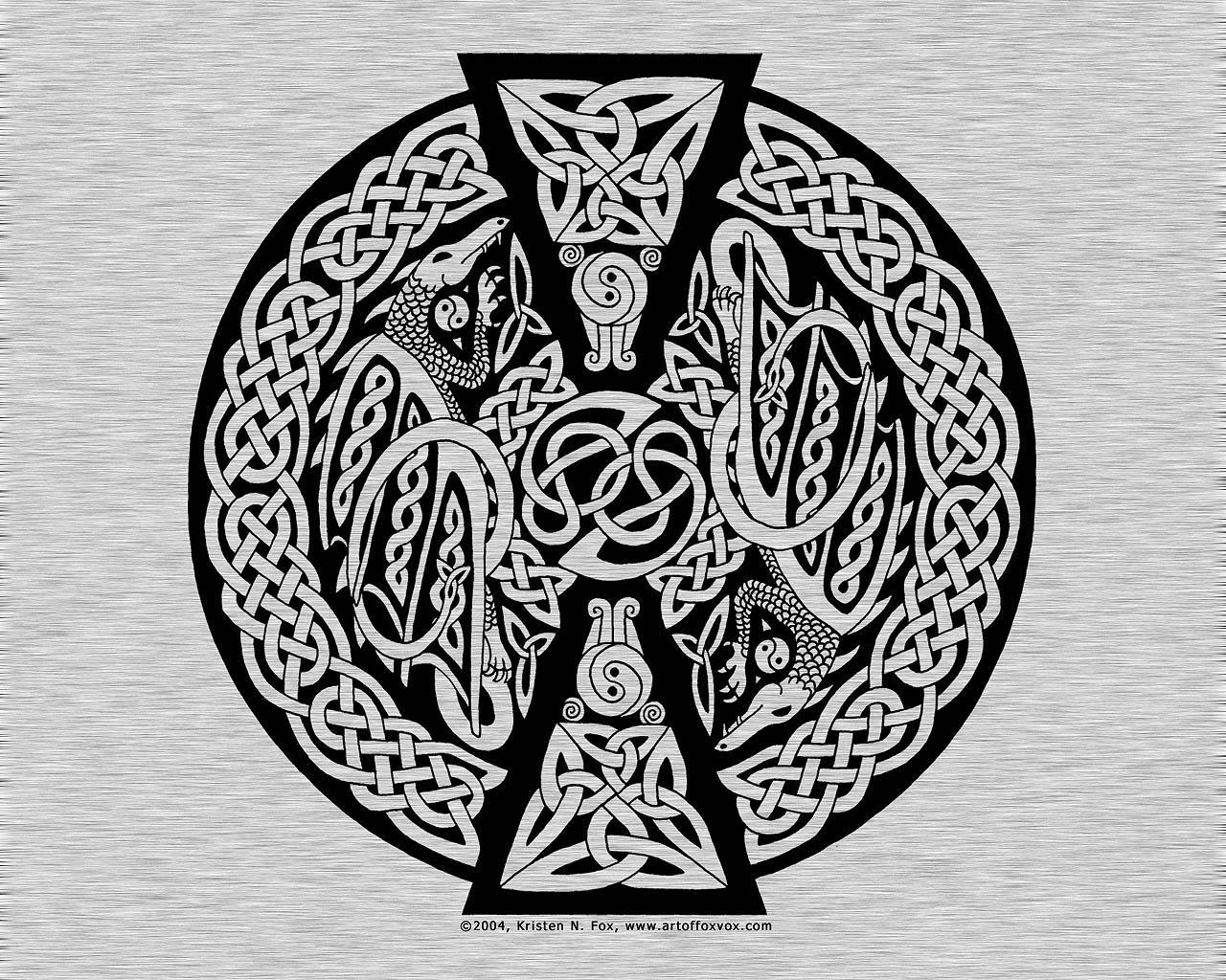 Celtic Knotwork Dragon by foxvox on DeviantArt