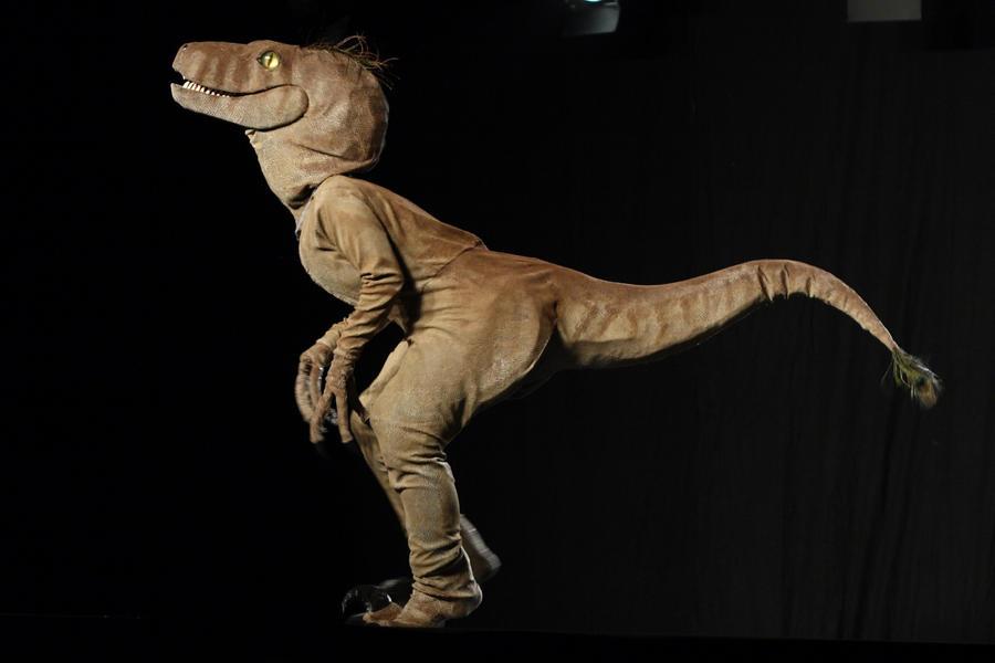 Jurassic Park Velociraptor Build Thread Target Date
