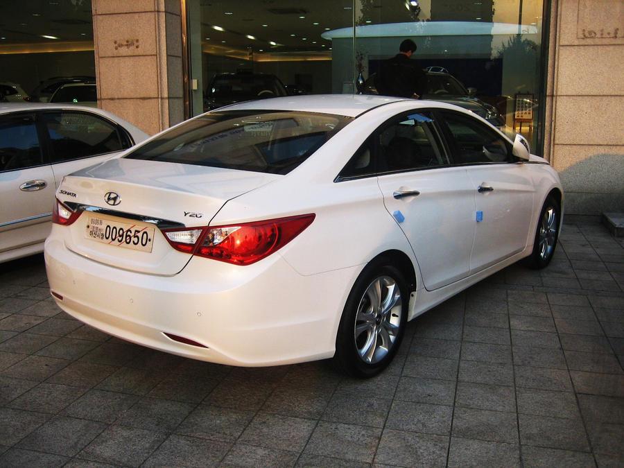 2011 Yf Sonata In Dealership By Kia Motors On Deviantart