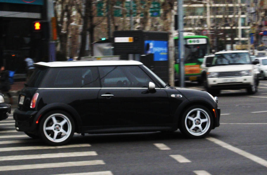 Mini Range Rover Autos Post