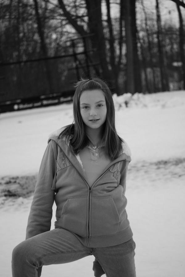 Beth AKA 14 year old model by ~Jolly16 on deviantART
