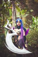 Dark Valkyrie Diana cosplay by zeemenace