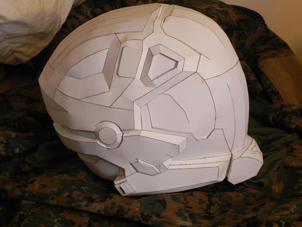 Halo Reach Pilot helmet pep by MSN-04Sinanju on DeviantArt