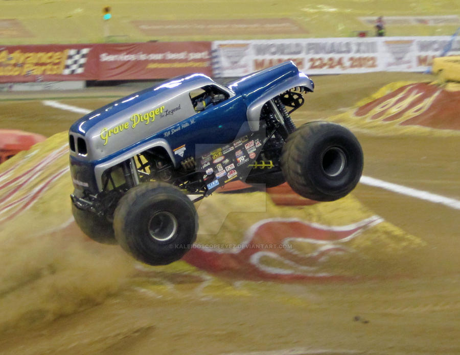 Monster Jam Pa 2011 1 By Kaleidoscopeeyez On Deviantart