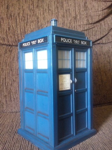 Flight Control Tardis 10th Doctor De Lado by aninhachanhp