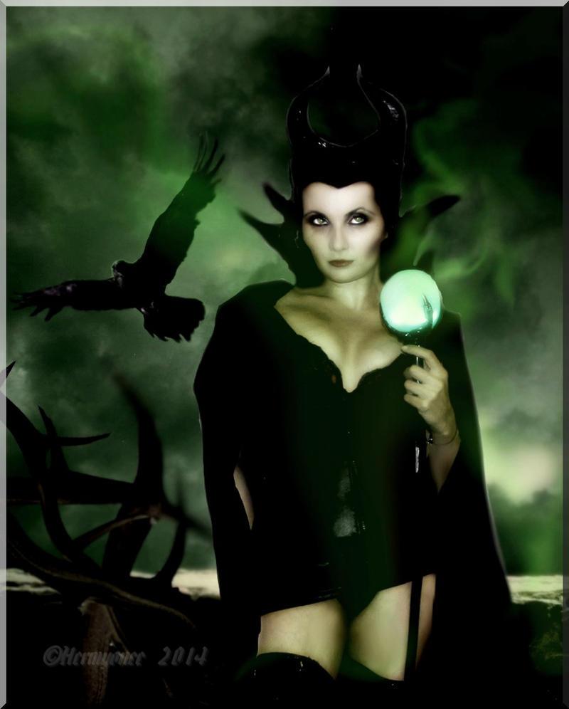 sexy Maleficent II by Hermyonee