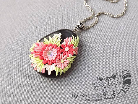 Pendant - Floral filigree