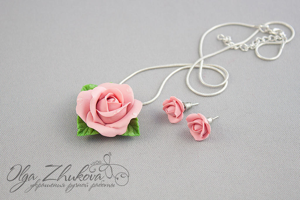 set with roses from polymer clay by polyflowers