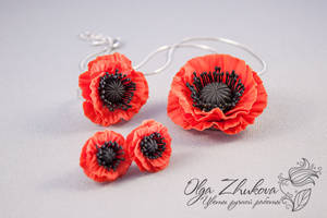 poppies from cold porcelain by polyflowers