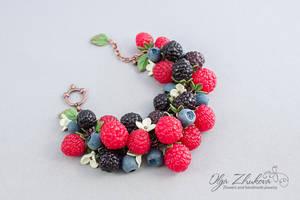Bracelet by polyflowers