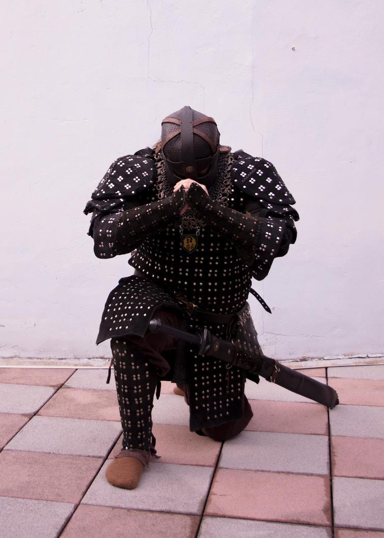 Brigantine warrior praying by SchmiedeTraum