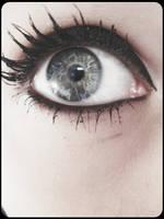 oko by ladyinscarlet