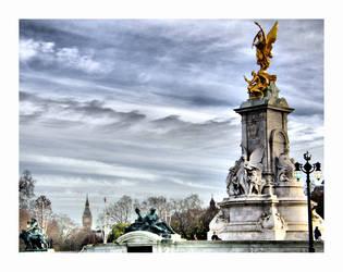 queen victoria statue by RickyJones