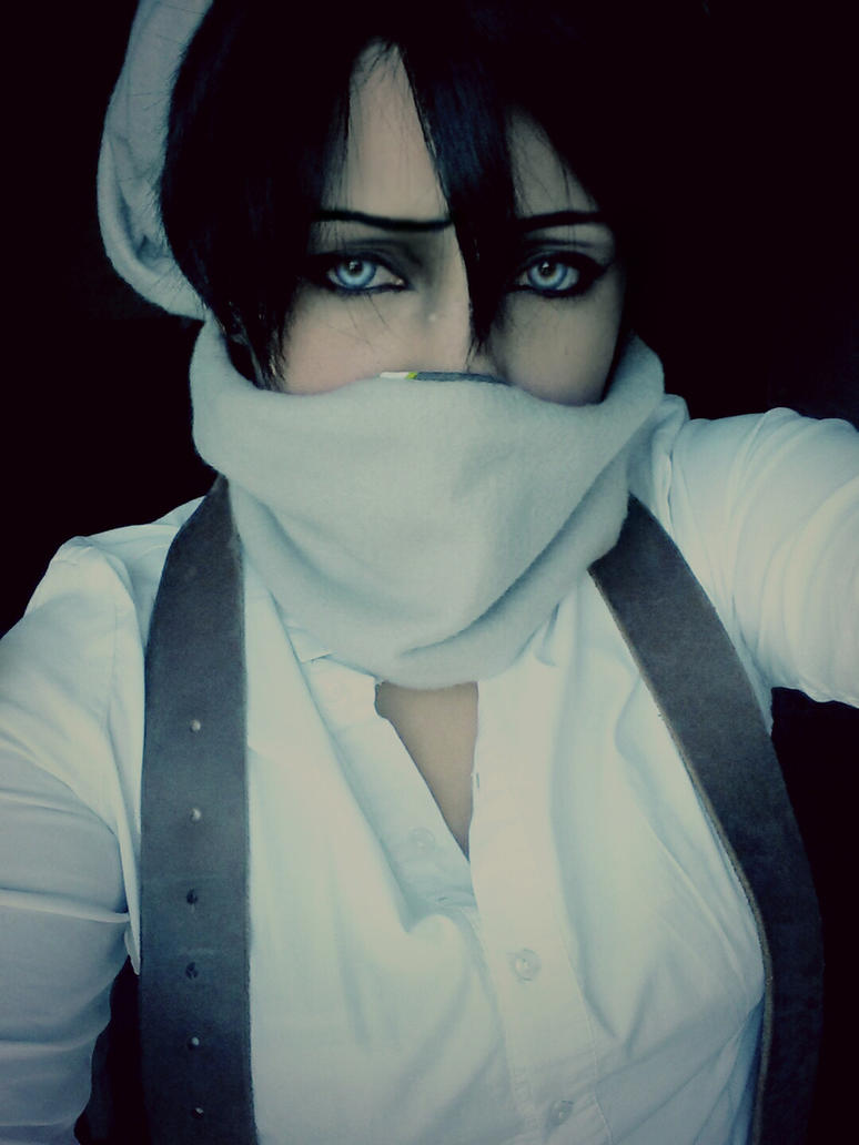Sehr Levi Ackerman - Cosplay - Attack on Titan by KilluaZoldyck-Hunter  FL15