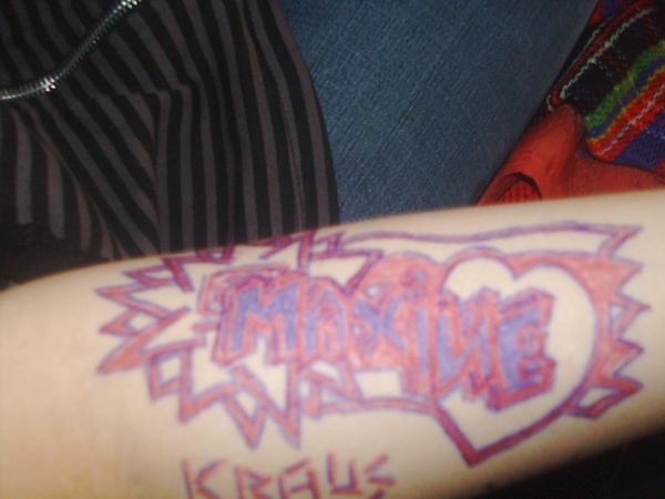 My girl's arm by sauerkraus