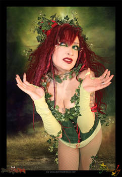 POISON IVY - Helena is Red