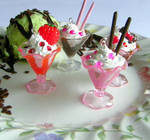 Ice cream sundae deco pendants