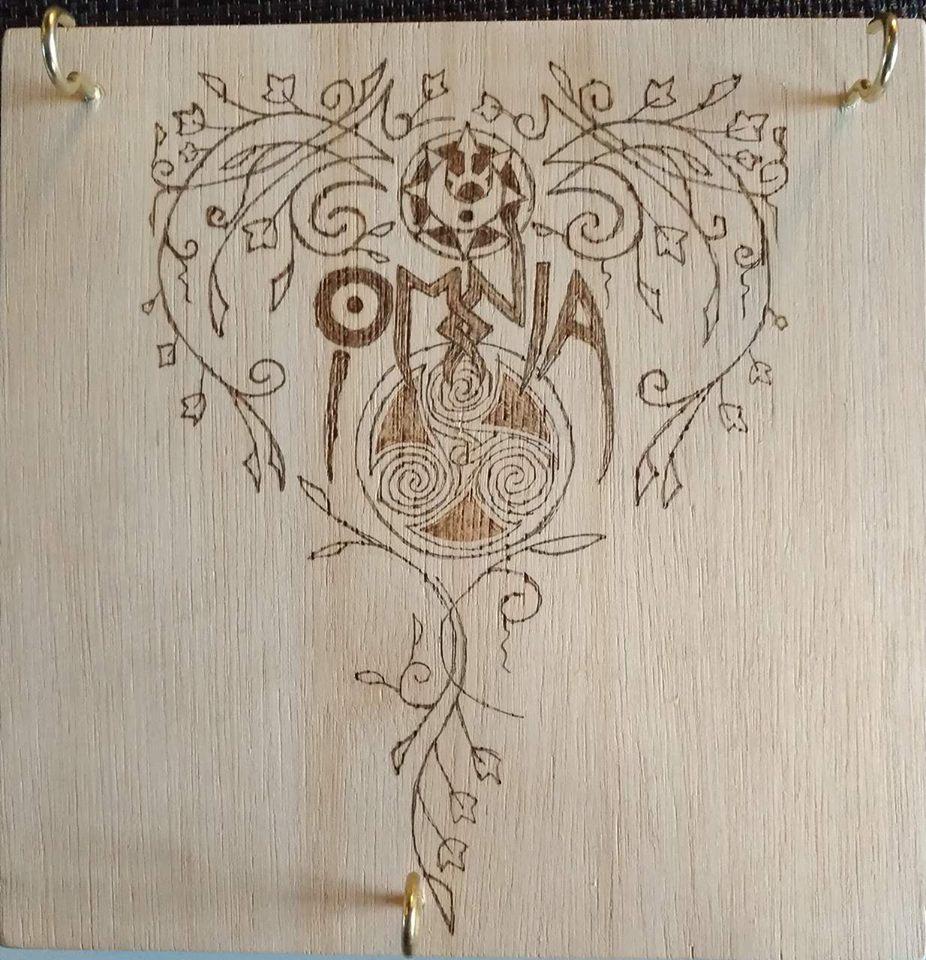Omnia Key Holder by Envorenn