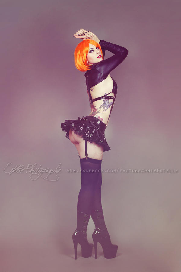 Latex harness 3 by Estelle-Photographie