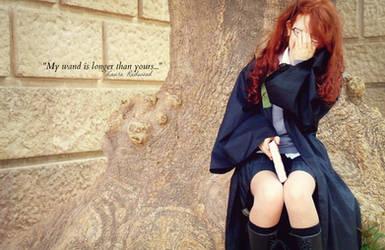 Cosplay - Laura Redwood by rumpleteazercat03