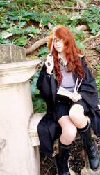 Cosplay - Laura Redwood 2 by rumpleteazercat03