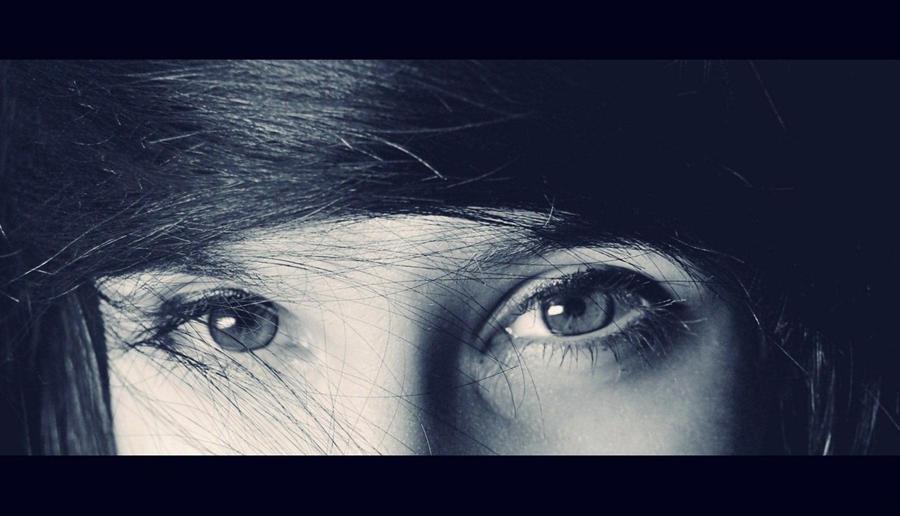 - Eyes - by leKikwi