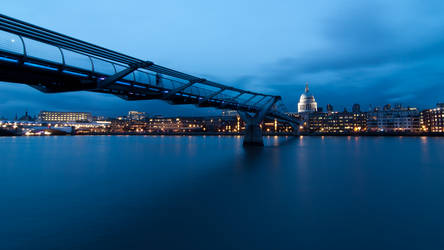 Peaceful Evening in London by JJ-Ying