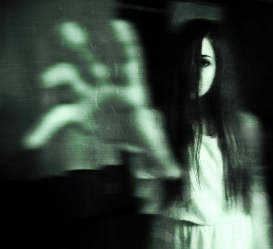 Ghost by LunaeLupus