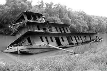 Sunken Ship 03 by Envy-Graphix