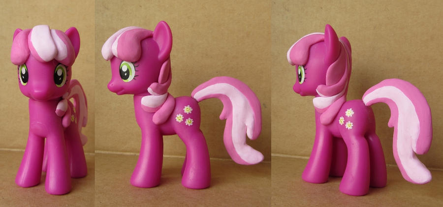 Cheerilee Custom by atelok