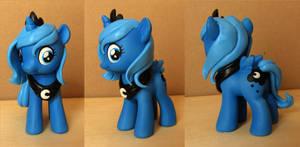 Filly Luna custom by atelok