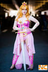 Battle Princess Peach Cosplay