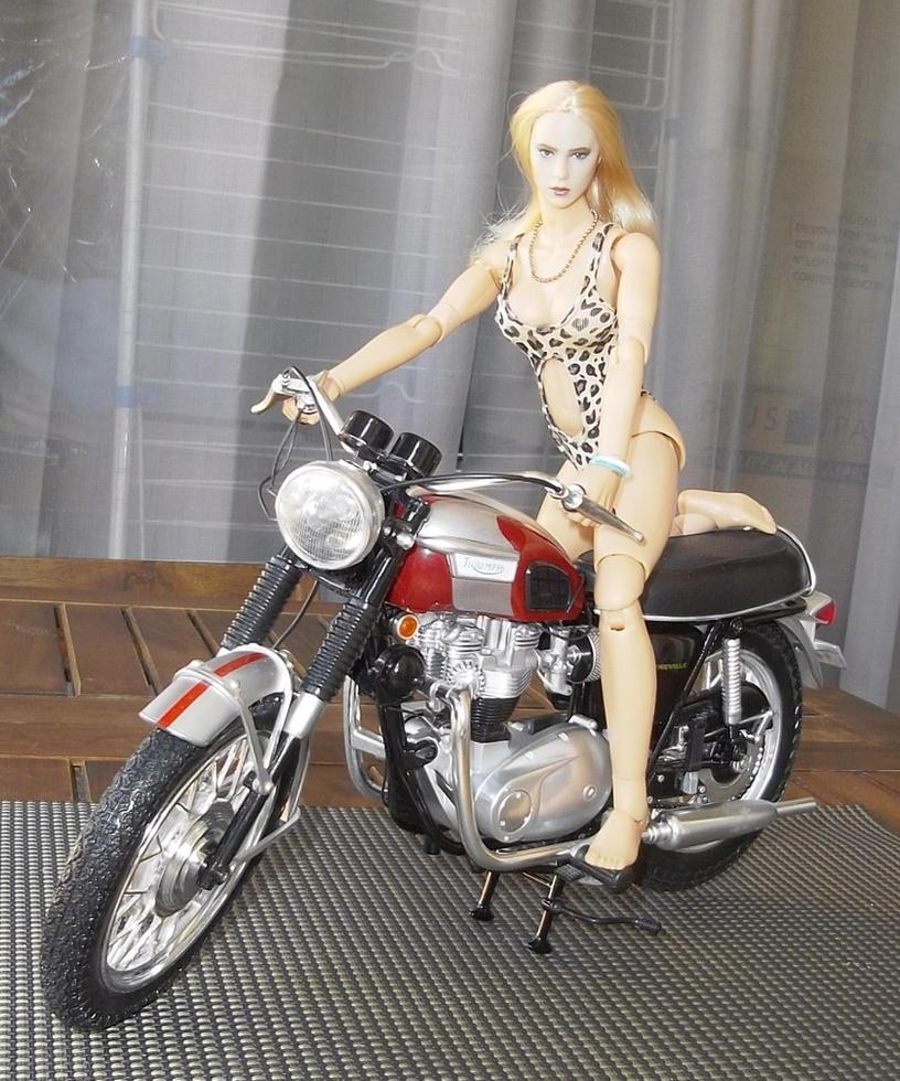 Lola Kawasaki
