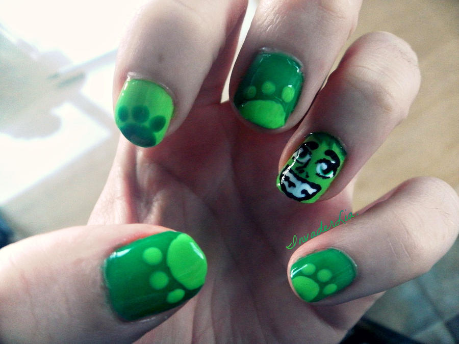 Beast Boy Nails by InvaderLia